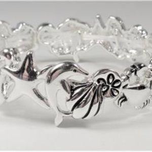 Jewelry - NAUTICAL DOLPHIN SEA HORSE STARFISH SHELL BRACELET